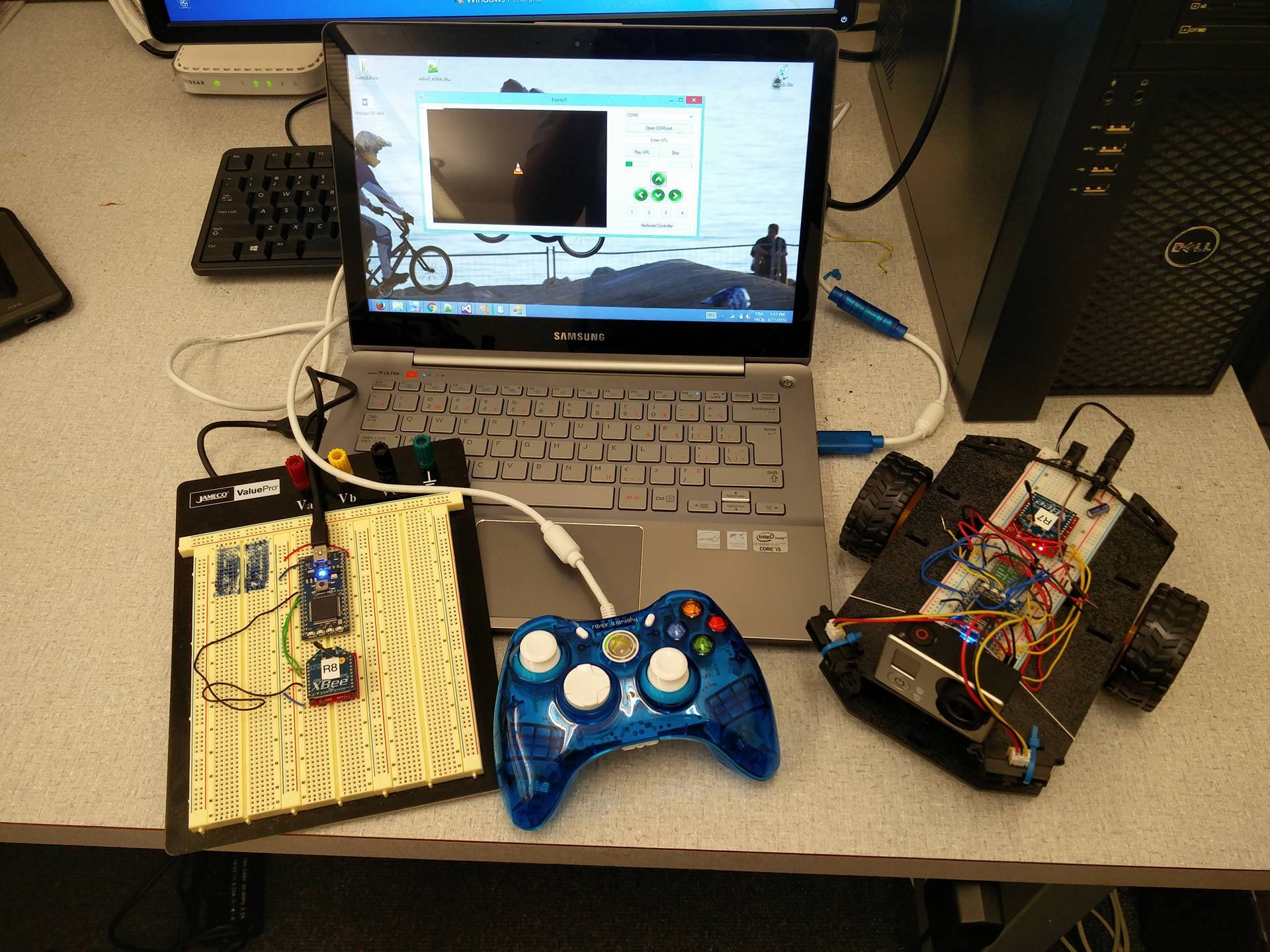 robot controlled using xbox controller and keyboard mbed