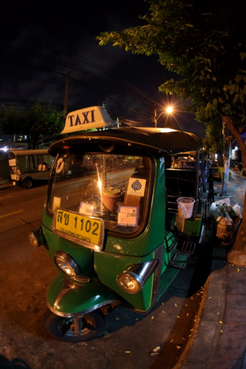 Taxis in Bangkok are lightweight and fast; so is the LwM2M protocol