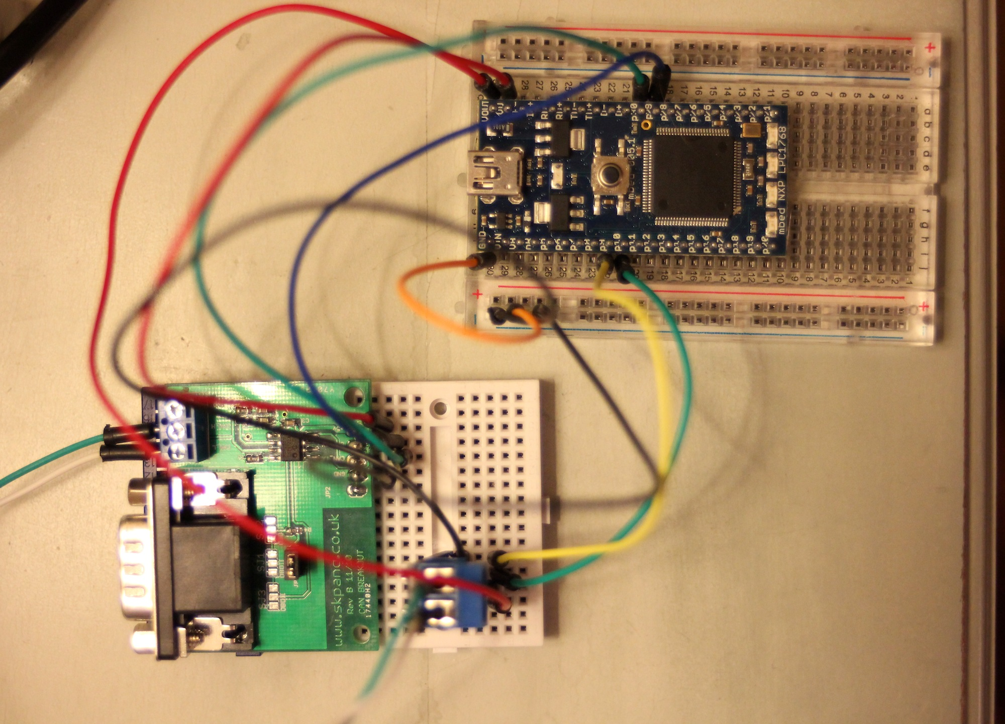 Test CAN BUS with 2 nodes (transceivers), can\'t read the sent ...